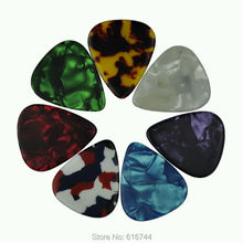 50 teile/los Schwere 1,2mm Celluloid Plektren Plektren Verschiedene Farben Neue
