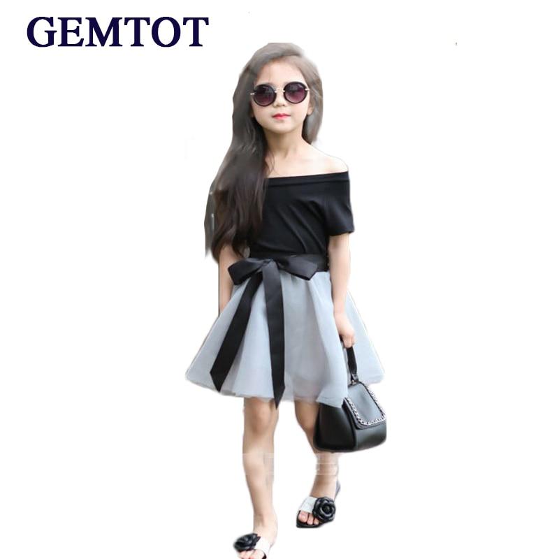 купить GEMTOT 2017 New Summer Fashion Short Sleeve Off Shoulder Black T Shirt +Mesh Skirt with Ribbons Elegant Girls Clothing Set Dress недорого