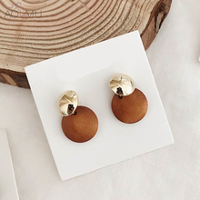 AOMU 2018 New Simple Vintage Gold Metal Round Circle Wooden Button Drop Earrings For Women Girl Bijoux Fashion Jewelry Wholesale