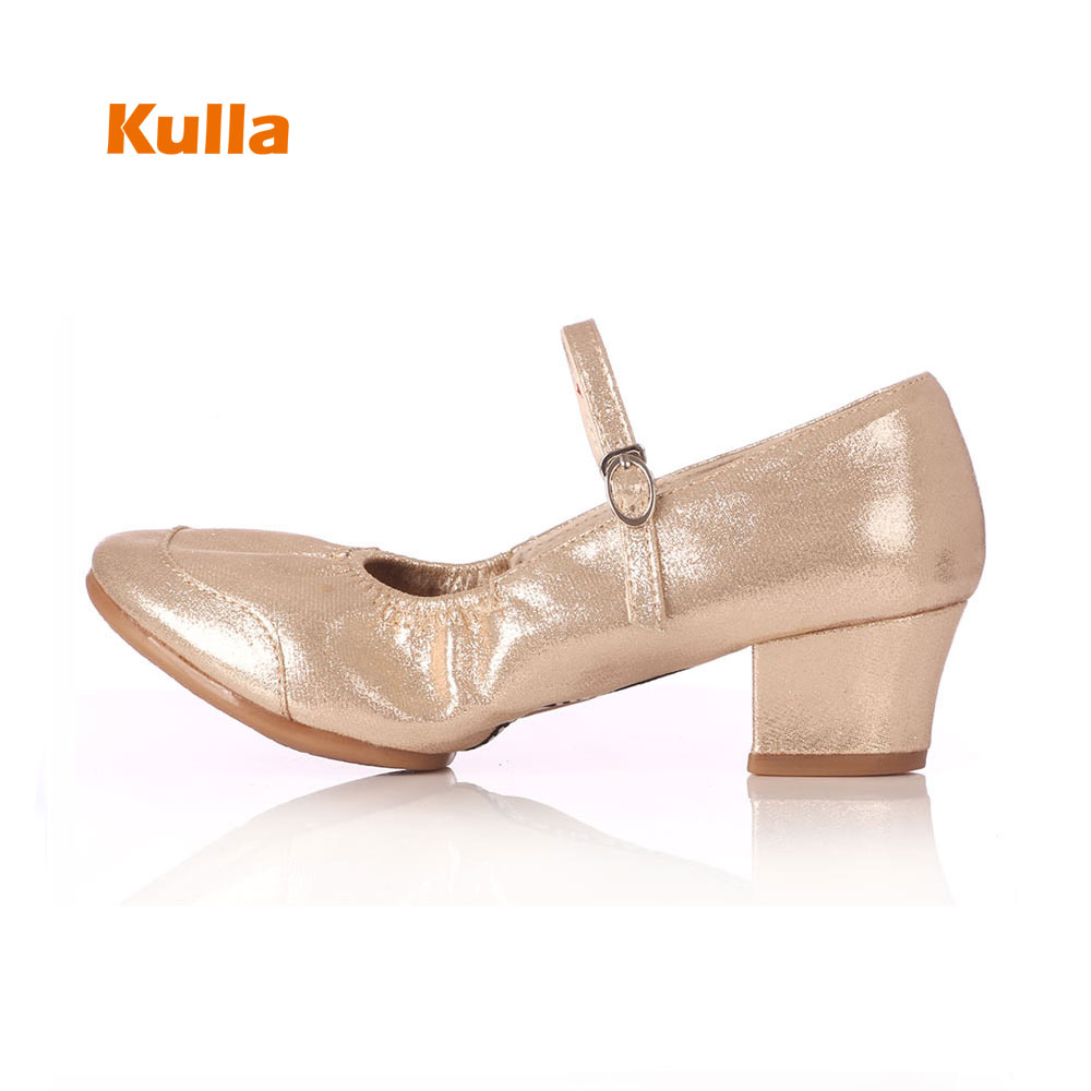2017 Women Square Dance Shoes New Red Black Gold Silver Latin Dance Shoes For Girls Practice Shoes Soft Breathable Leather Shoes