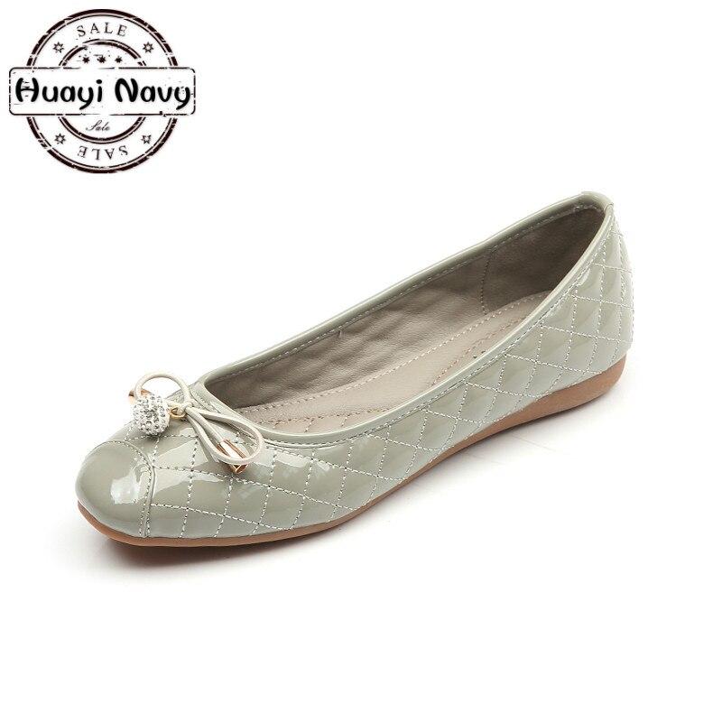 цена на New Arrival Patent Leather Flat Women Ballet Flats Shoes Women Plus Size 35-41 Black Round Toe Bowtie Shoes Gray Pink For Lady