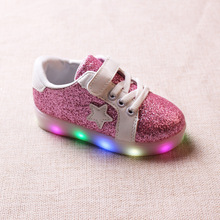 2017 spring children board shoes LED lights light sports shoes men and girls sequins sports shoes