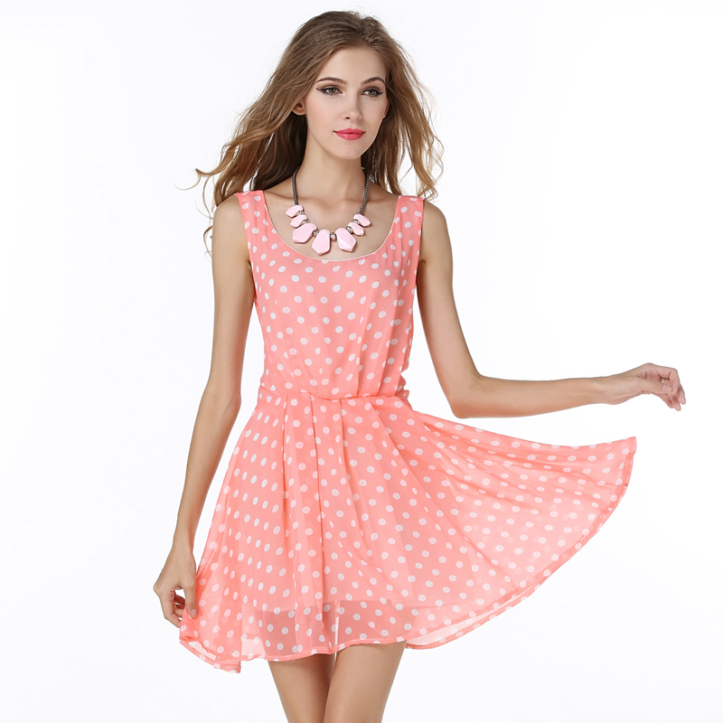 369ab88599c Sexy Womens Pleated Sleeveless Halter dress Sundress Summer Beach Pink  Polka Dot Pattern Dress-in Dresses from Women s Clothing on Aliexpress.com