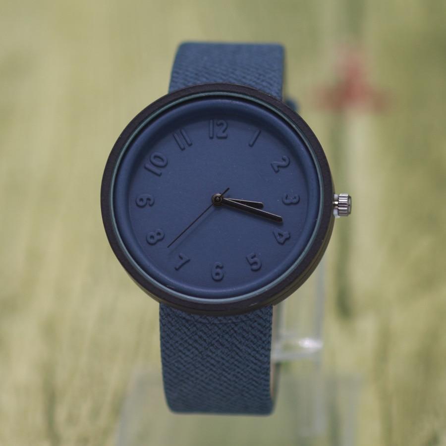 2017 fashion Luxury Emboss Cute Genuine fabric Quartz WristWatch Women Classic Brand men watches casual clock