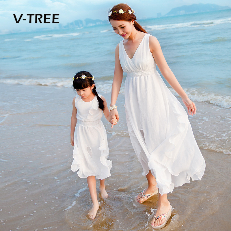 V-TREE Summer Mother Daughter Dresses Family Matching Outfits Sleeveless Long Dress For Family Mom Daughter Party Holiday Dress new mom daughter clothes family look mother daughter dresses family matching clothing for summer sleeveless printed family dress