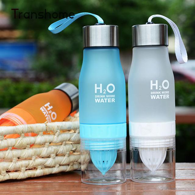 Transhome Fruit Water Bottle With Infuser 650ml Plastic BPA Free Lemon Juice Shaker Drink Bottle Of Water Fruit Infuser Fles
