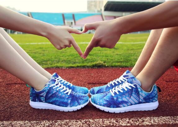 2019 spring new student couple breathable sports shoes women 39 s shoes Korean version of the tide camouflage mesh men 39 s casual in Men 39 s Casual Shoes from Shoes