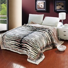 Winter Warm Blanket On The Bed Polyester Animal Tiger Skin & Floral Pattern Printed Raschel Mink Queen Size Soft Quilt