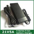 21v5a carregador de bateria de lítio 5 Series 100 - 240 V 21 V 5A carregador de bateria para bateria de lítio com luz LED mostra estado de carga