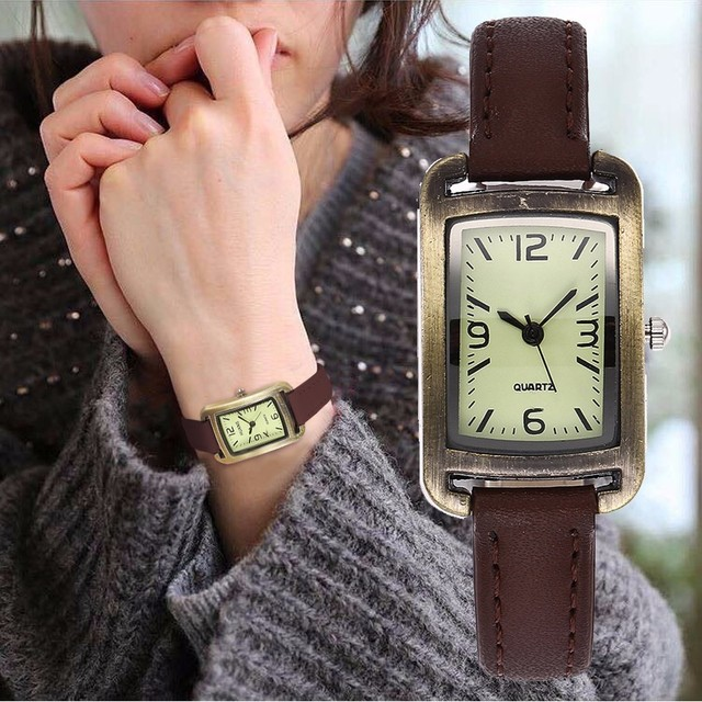 Dropshipping Women Vintage Mini Design Wristwatches Fashion Leather Simple Dial