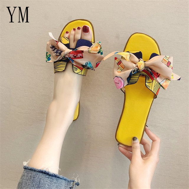 Hot Summer Flat Heel Women Cut Out Ladies Sandals Ladies Bohemia Sandals With Knot  Flat Shoe Candy Color Outdoor Holiday Slides