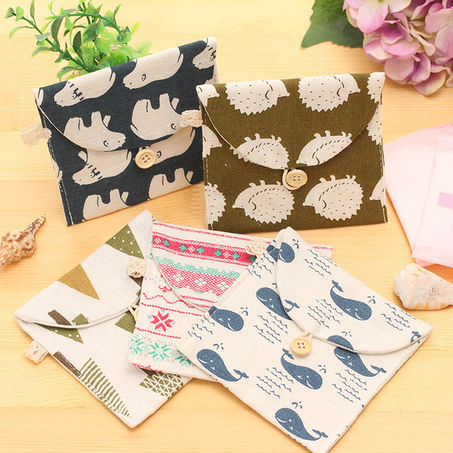 1 Piece Creative Brief  Polar Bear Tree Whale Hedgehog Design Earphone Coin Data Line Sanitary Towel Home Office Storage Bag