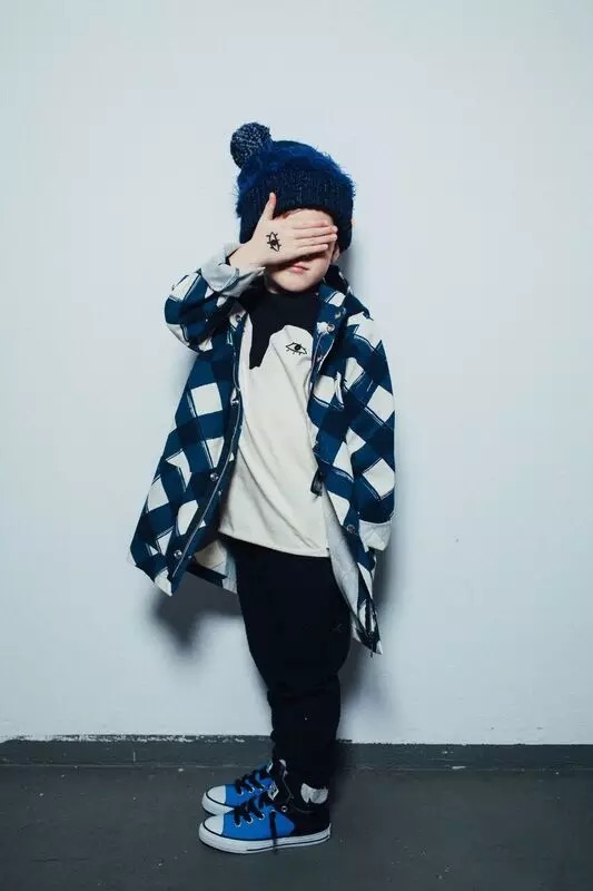 New winter 2016 boys girls baby soft Canvas Plaid stripe printing Dust coat Children's coat