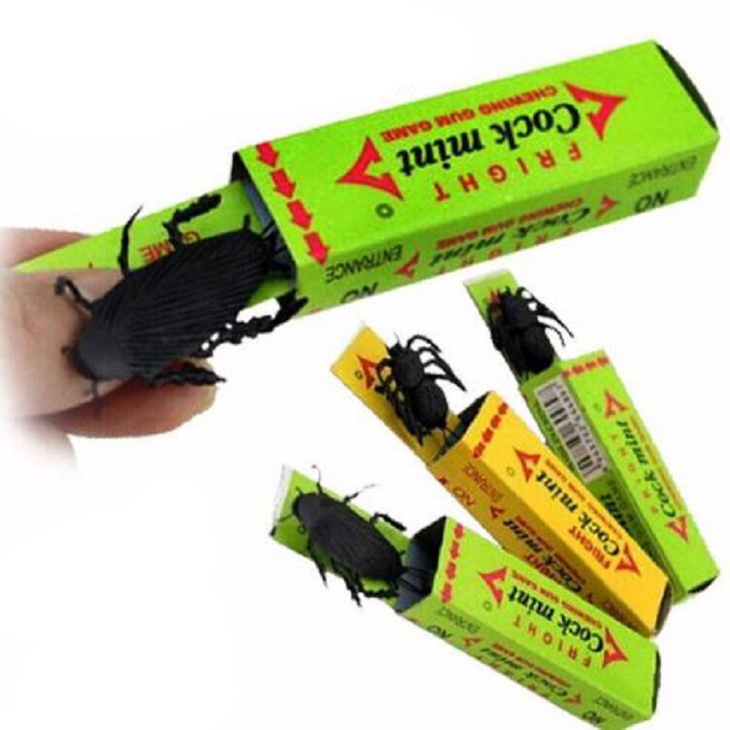 2pcs/lot High Simulation Chewing Gum With Cockroach Inside Prank Toy Children Funny Play Stress Reliever Toys Gift
