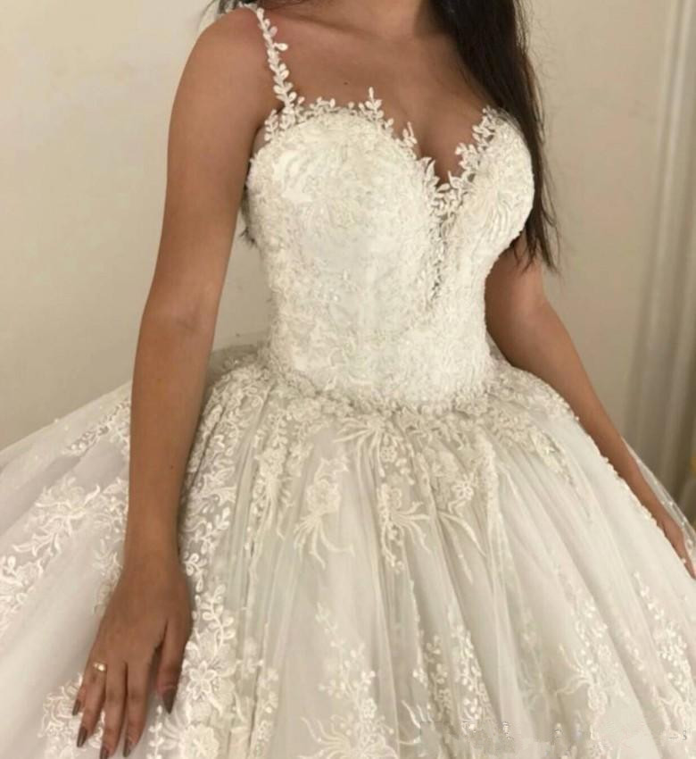 luxury ball gown Wedding Dresses Spaghetti straps Lace Applique Wedding Gowns Sweep Train 2019 Bridal Dresse Vestido De Novia-in Wedding Dresses from Weddings & Events    3