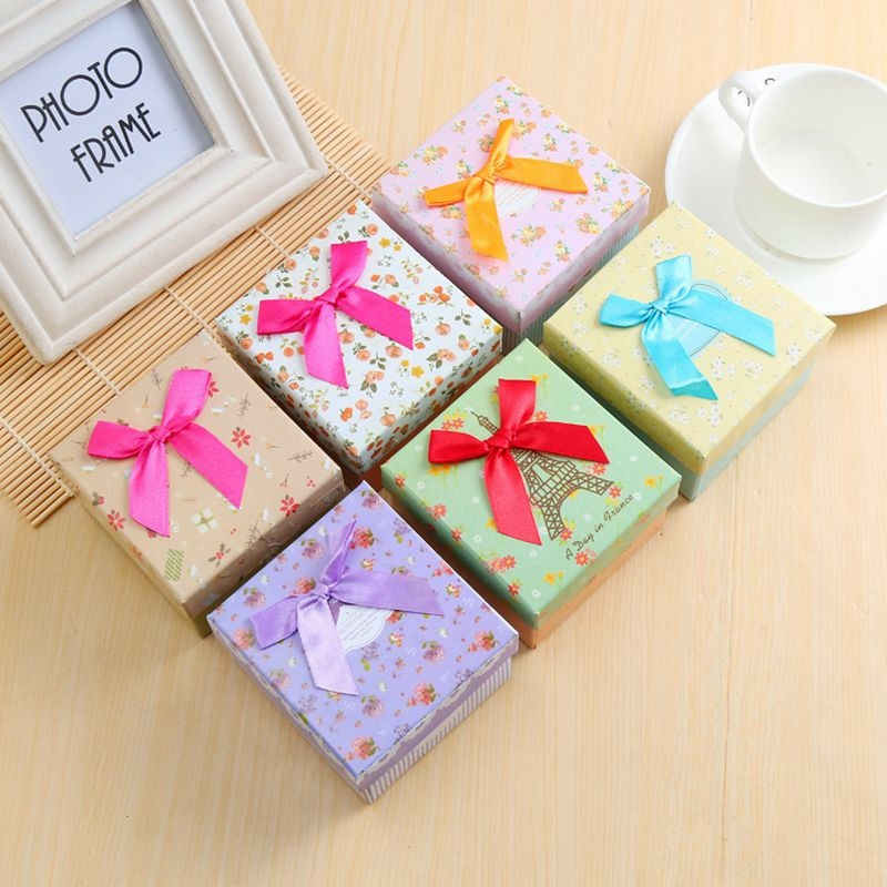 Christmas Friends Couples Small Gifts Flower Wedding Party Ring Earring Jewelery Ribbon Package Boxes Color Random 5Pcs