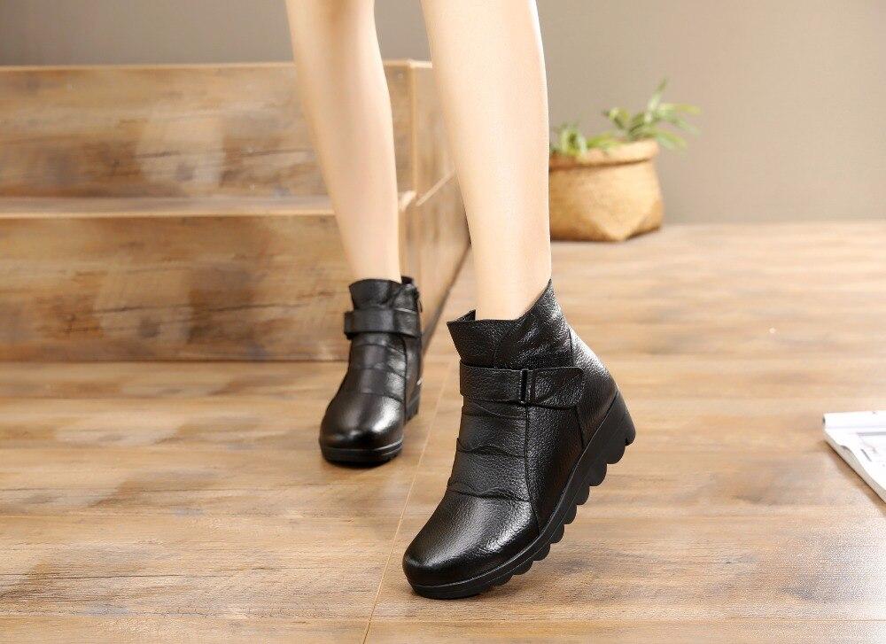 863066ac1 أحذية النساء الأحذية 2019 الثلوج أحذية النساء جلد طبيعي الشتاء أحذية النساء  الأحذية الدافئة أفخم الشتاء الأحذية زائد حجم 41