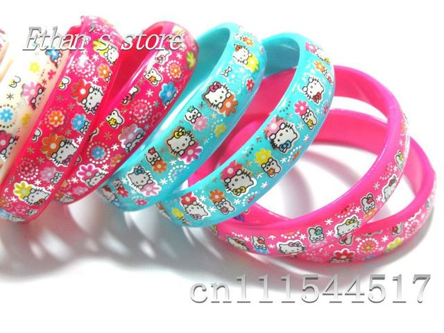 Free Shipping Hello Kitty Bracelets Wristbands for students Mix color