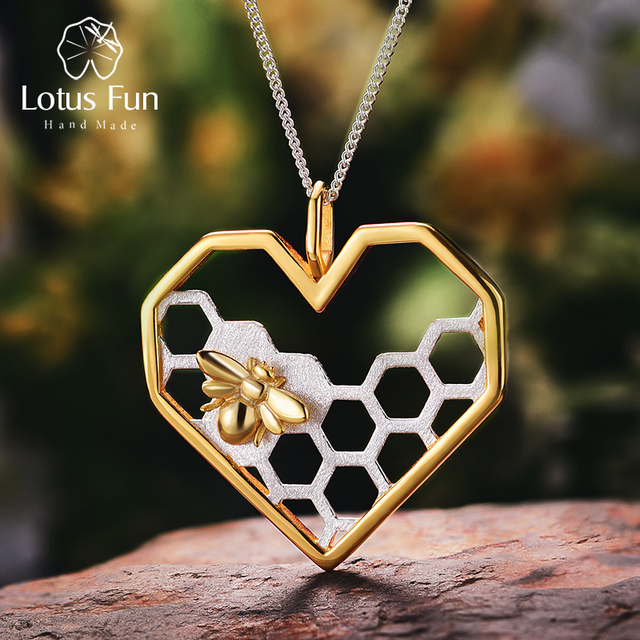 Lotus Fun Real 925 Sterling Silver Fine Jewelry Honeycomb Home Guard 18K Gold Bee Love Heart Pendant without Chain for Women