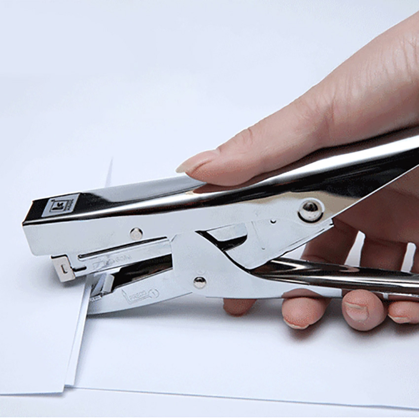 Durable Metal Stapler Office Accessories Home Stationery 24/6 And 26/6 Staples Labor-saving Heavy Duty Paper Plier Stapler