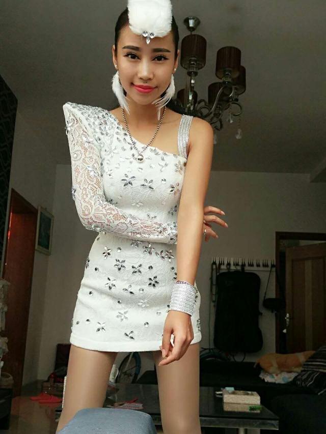 Vestido de diamantes de imitación de plata de un solo hombro Sexy blanco de encaje cristales Mini vestido de club nocturno Singer ropa de fiesta Catwalk DS disfraz - 6