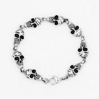 2016 New Fashion Style Latest Popular Titanium Steel Skull Bracelet Men Women Black Retro Punk Charm