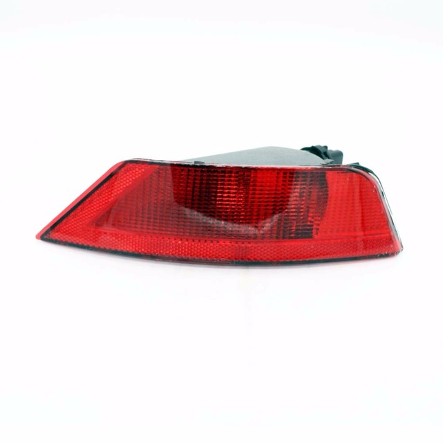 Car Left Rear Bumper Reflector Lights Rear Fog Lamp Auto Bulb Assembly for Ford Focus Hatchback 2009-2013 Car Accessories