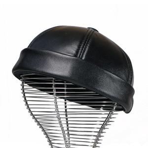 Image 3 - עור אמיתי רטרו כובע מזדמן כובע בעל בית כבש כובע דק עגול זכר כובעי אופנה חורף ובסתיו יוקרה כובעים