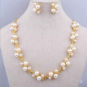 New Fashion Women Clavicle Necklaces Pearl Earrings Jewelry Beautiful Spring And Summer Wholesale Wedding Gifts B13 ABC