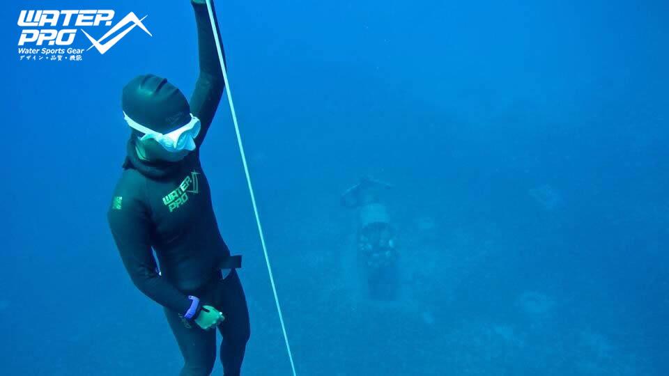 Water Pro 3.5mm Fullsuit Supreme-X Super Flexible Smooth Skins Wetsuits for All Water Sports Surfing Free Diving Scuba Diving пена монтажная mastertex all season 750 pro всесезонная