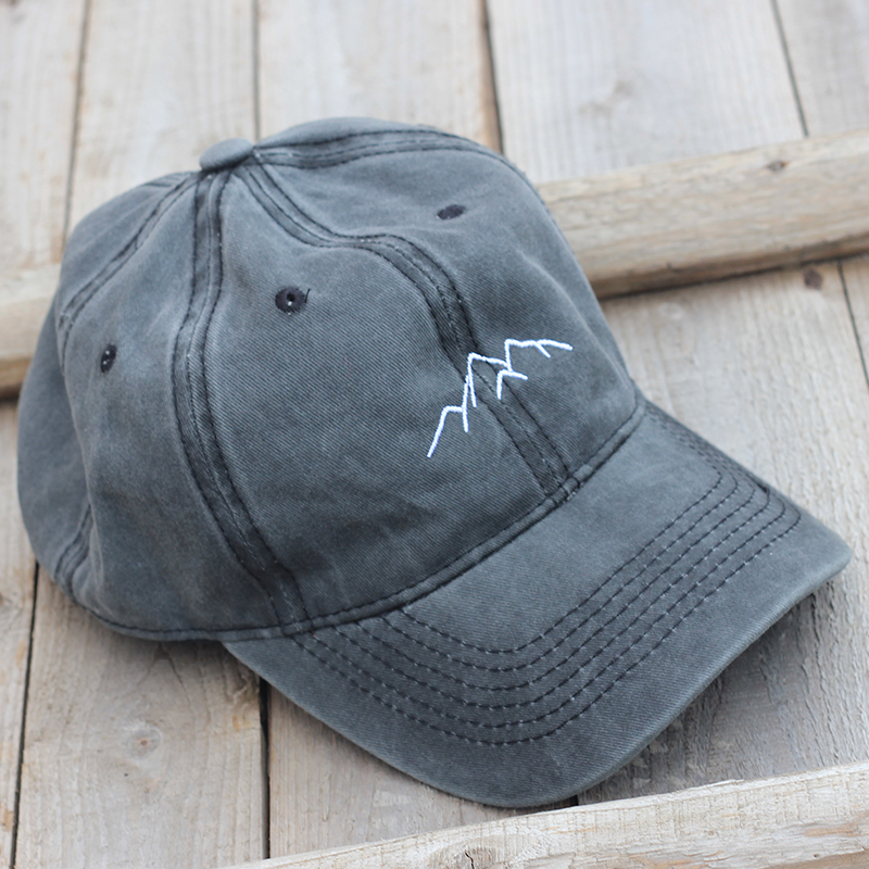 2019 New Mountain Peak Embroidery Cap Outdoor Leisure Washed Baseball Caps Adjustable Hip Hop Hat  100%Cotton Women Man  Hats