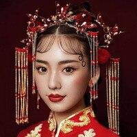 2019 new Chinese tassel retro court wedding red volvet ball hairpins butterfly wine Phoenix bridal crown Bride headdress jewelry