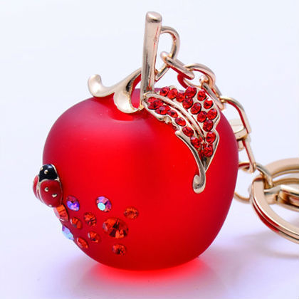 Free Shipping Apple Keychain With Cristals 3D Keychain Bag Pendants For Girls