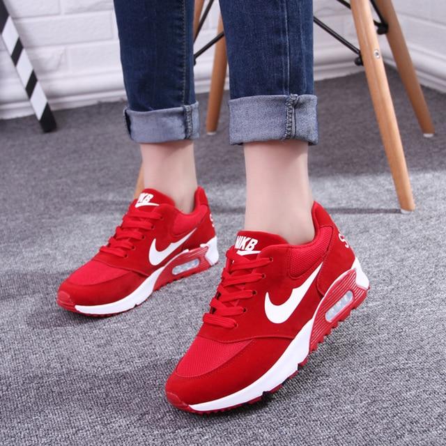 Mujeres de tacones rojos bajos del deporte forrest gump transpirable  zapatos de plataforma casuales primavera y e289fe4aefa8