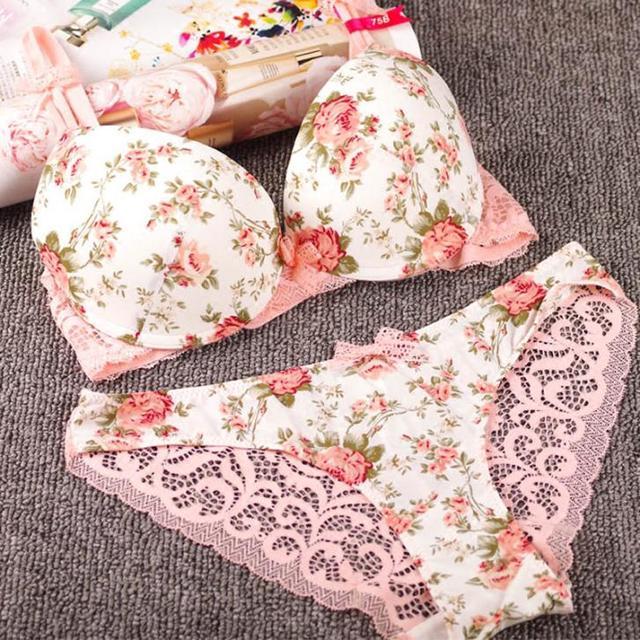 cc24bdd6b8e20 New Sexy Underwear Women Bra Set Lace Flower Lingerie Set Cute Bowknot  Vintage Push Up Bra And Panty Set