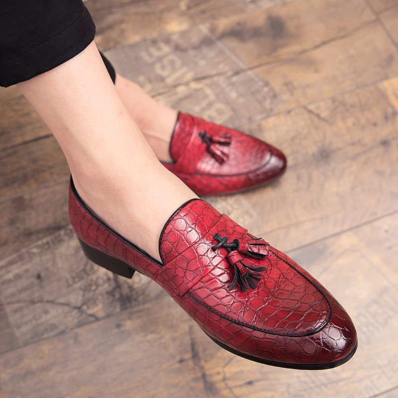 New Fashion Men's Shoes, Patent Leather Glitter Trend Casual Shoes, Small Red Shoes, Loafers, Tassel Decoration, Daily Leather