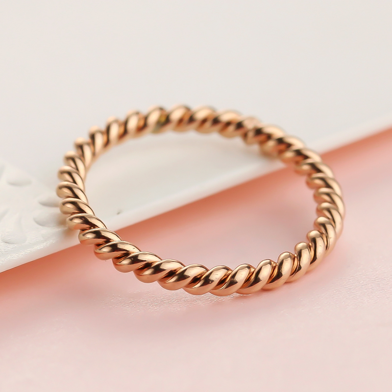 free shipping hot fashion jewelry fried dough twist for women Rose gold plating Titanium steel ring for women titanium ring
