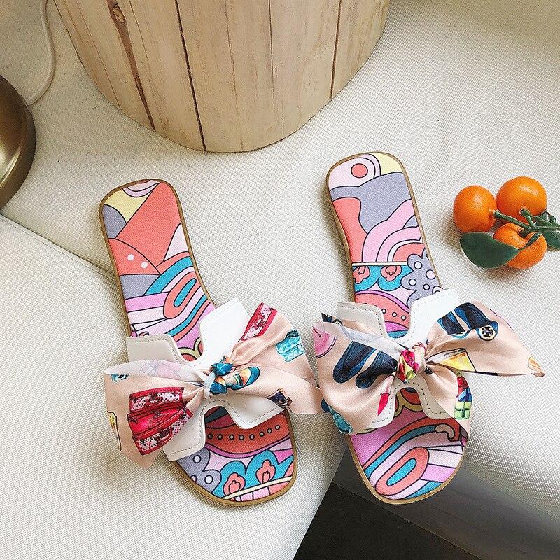 Новинка 2019 года; летние шлепанцы; женские пляжные сандалии с вырезами; женские шлепанцы; Домашние шлепанцы без застежки; модная женская обувь