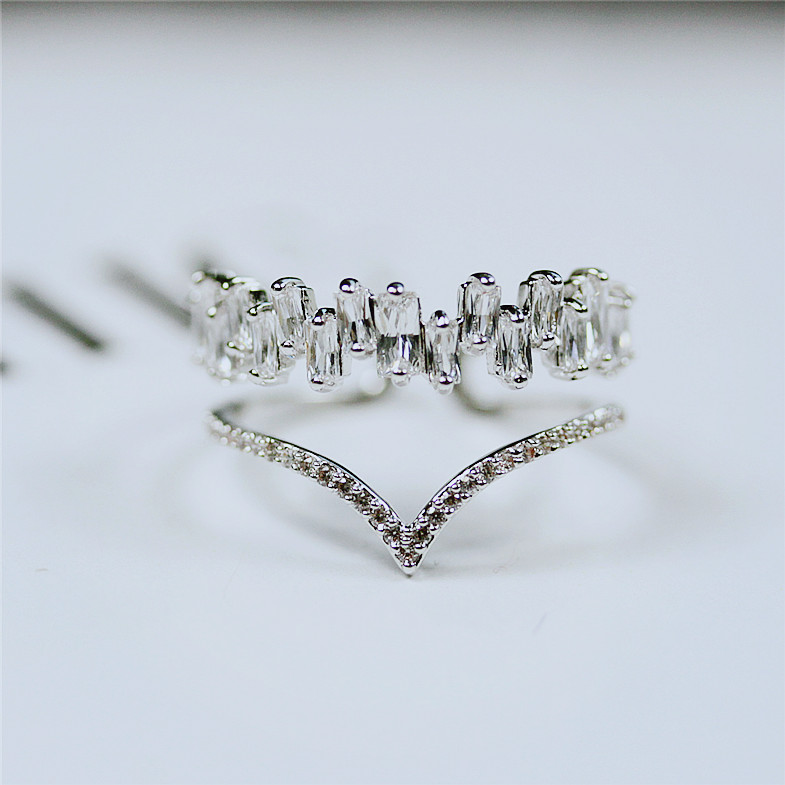 Fashion Shinning AAA cubic zirconia Baguette ring Simple V shape CZ Stone Pave Setting Open thin band Ring Feminino Jewelry