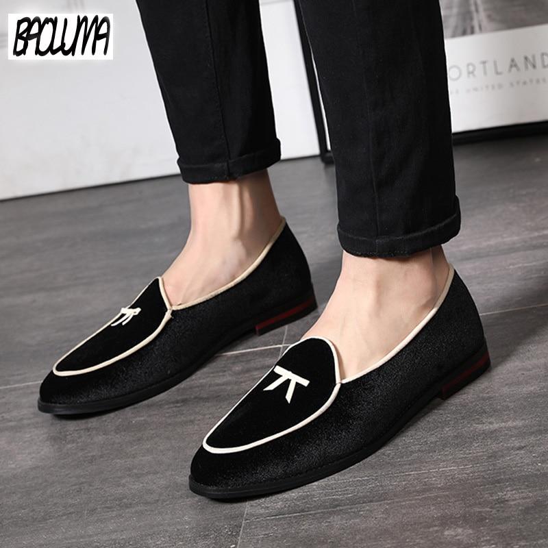 Men Gold Velvet Fabric Casual Shoes Fashion Men Shoes   Leather   Men Loafers Moccasins Slip on Men's Flats Male Driving Shoes
