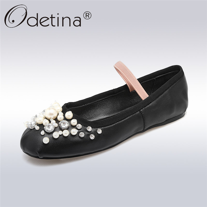 Odetina 2018 New Fashion Women Genuine Leather Ballet Flats Soft Insole Sweet Shoes Ladies Casual Elastic Band Pearl Flat Shoes odetina 2017 new summer women ankle strap ballet flats buckle hollow out flat shoes pointed toe ladies comfortable casual shoes