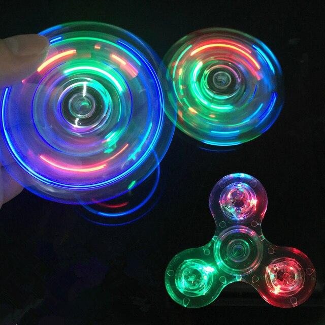 Светсветодио дный ящийся светодиодный свет Fidget Spinner ручной Спиннер спиннеры-мячики светящийся в темноте свет EDC Figet Spiner Бэтмен палец снятие стресса игрушки