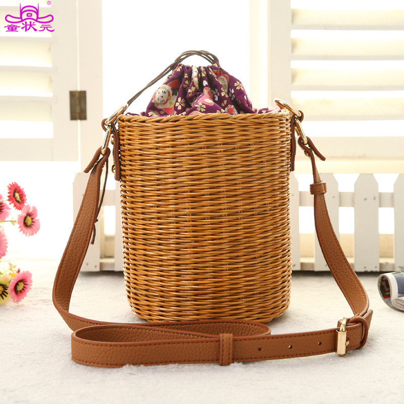 TZY New Arrive Rattan Bucket Handbag Lady Beach Shoulder Tote Travel Clutch Bohemian Straw Bags Women Summer Wicker Basket Bag