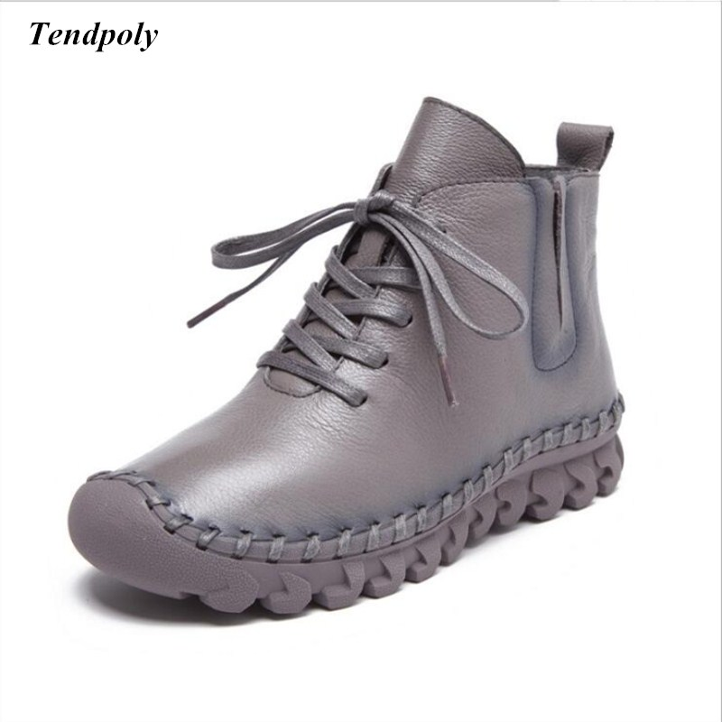 New fashion retro boots 2018 winter thick soled shoes genuine leather warm and comfortable women's boots hot wild casual shoes autumn and winter new leather shoes with leather boots and boots with flat boots british classic classic hot wild casual shoes