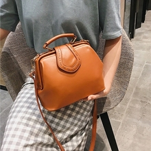 JIAOO Women Handbag Leather Women Shoulder Bag Doctor Crossbody Tassel Rivets Casual Solid color Famous Brand Women Bags