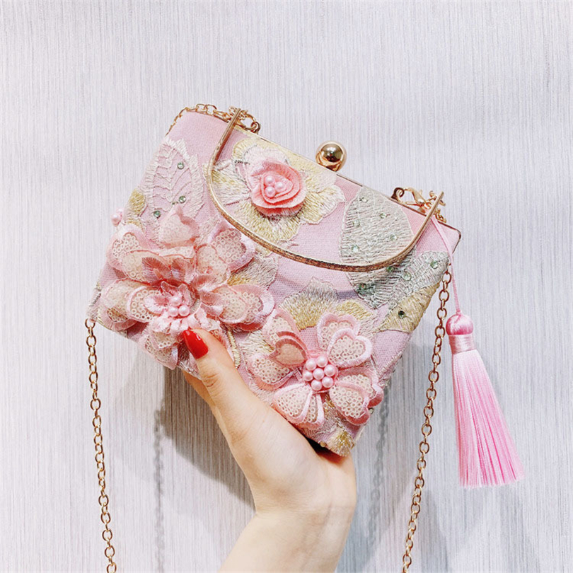 Day Clutch Bags 3D Floral Elegant Evening Bag Chain Shoulder Bag Women Beads Handbags Wallets Evening Bag For Wedding Bride image
