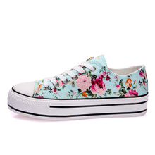Autumn Footwear Fashion Floral Thick Platform  Canvas Shoes Low Breathable Casual Walking Shoes