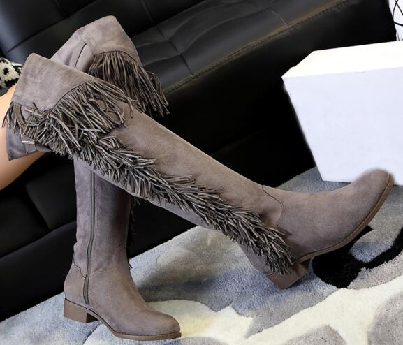 2017  MOST popular woman boots  low heel thick heels four color for your selection side zipper closure type fringe decoration