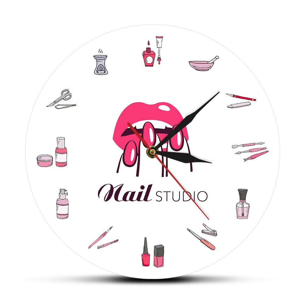 Vernis à ongles bouteilles et accessoires horloge murale décorative Salon de beauté ongles Studio outils cosmétologie horloge murale montre garde-temps