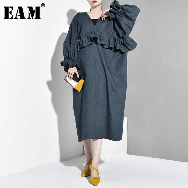 [EAM] 2019 Новое весенне-осеннее джинсовое платье с v-образным вырезом и длинным рукавом, зеленое платье с оборками, свободное платье большого размера, женская мода, JY785
